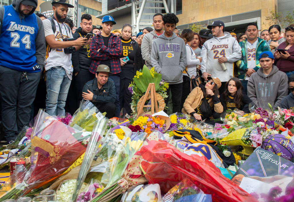Thousands Mourn Lakers Legend Kobe Bryant