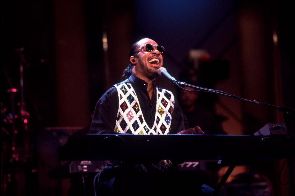 Stevie Wonder Performs On The Oprah Winfrey Show